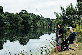 Andreas Hucke and Nadine Kohl fishing at the Ruhr