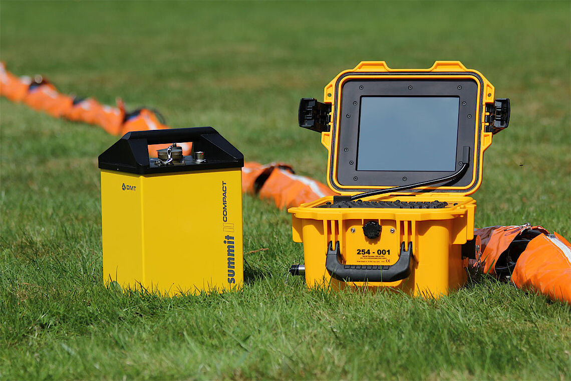 Geotechnical monitoring equipment